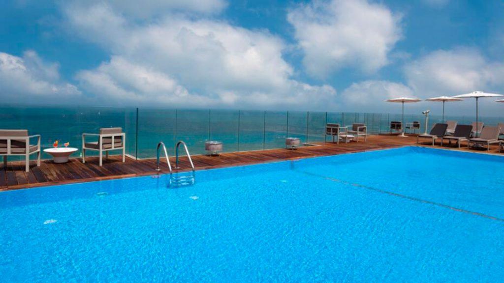 Carlton Tel Aviv Hotel Pool